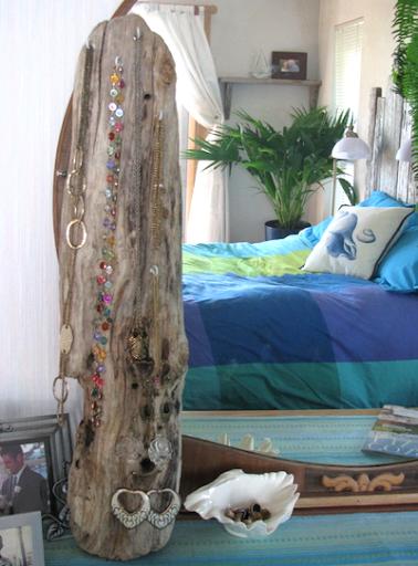 driftwood bedroom decor