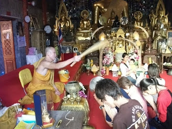 Monge budista ...