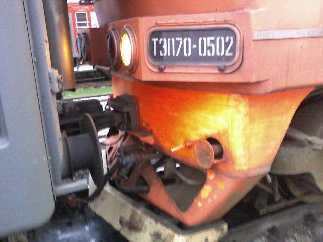 Сцепка вагонов поезда фото