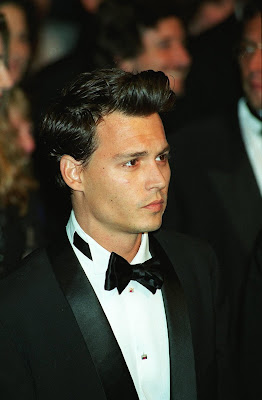 JOHNNY DEPP HAIRSTYLES - SHORT HAIRSTYLE 90S