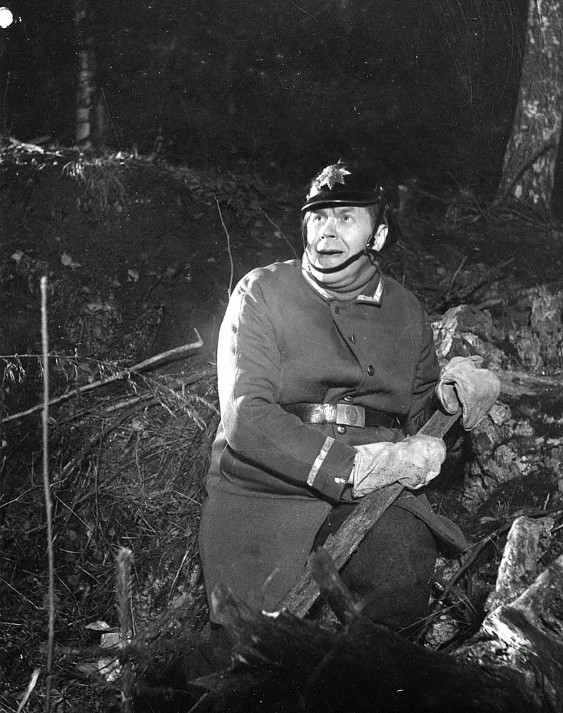 Vieno Kekkonen - Yön Väistyessä