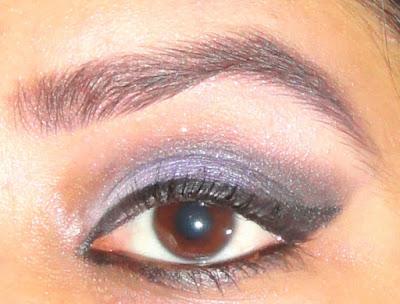 Wet n Wild Color Icon Eyeshadow - Petal Pusher look