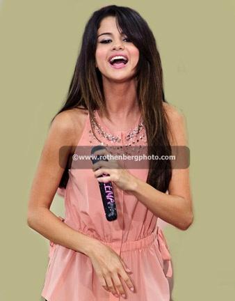 Selena Gomez Live on Good Morning America's Summer Concert Series