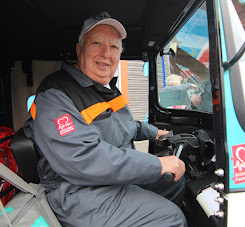 Steve Gibbs driving the Tuk Tuk