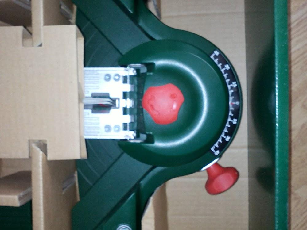Bosch PLS 300 фото крупным планом