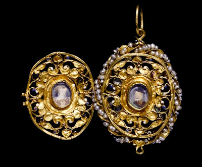Queen Elizabeth 1 Jewelry To assassinate elizabeth i