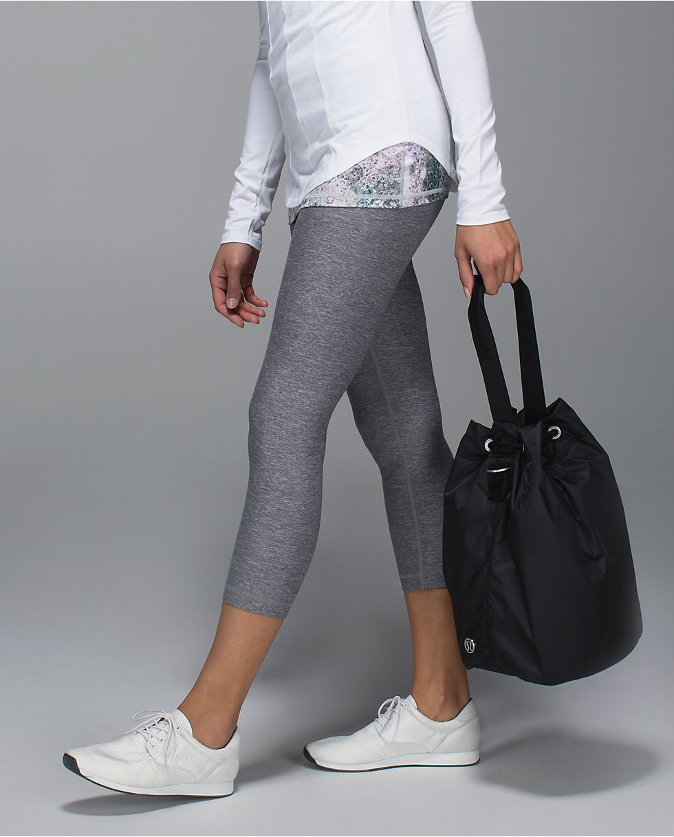lululemon sweat to street hobo