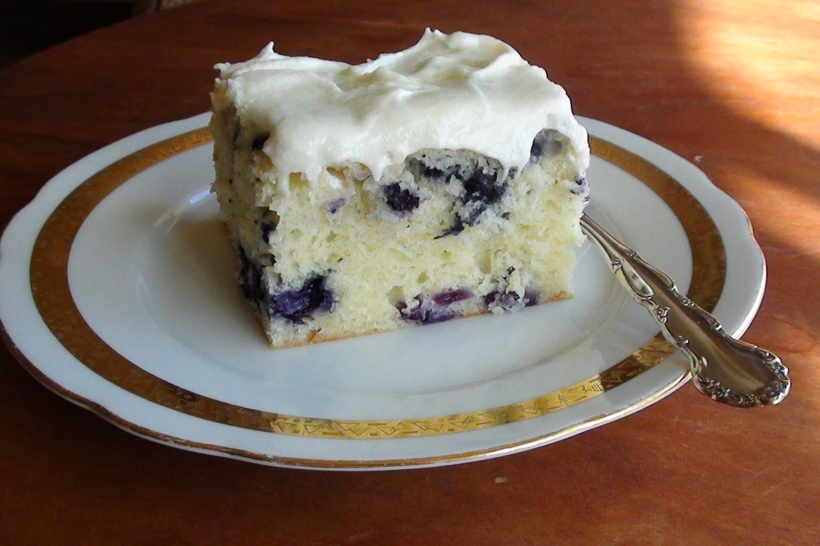 SOUR CREAM BLUEBERRY TEA CAKE