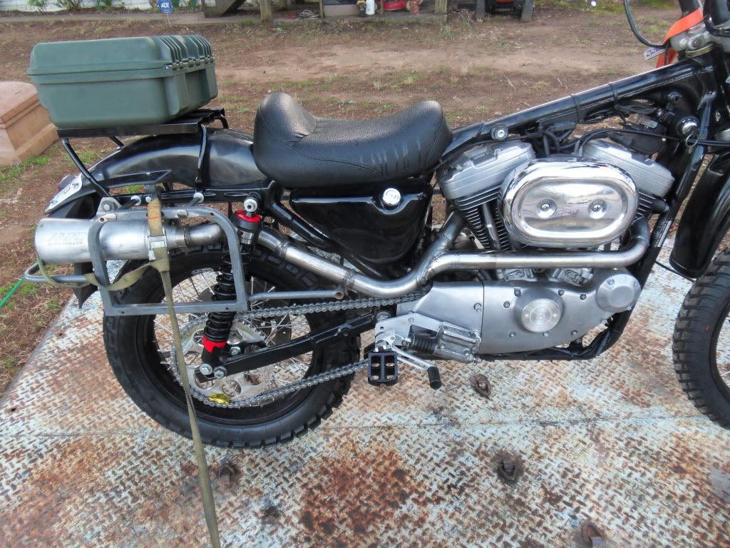 Custom Honda Cb500f Scrambler Naked Cbr Sport Bike Streetfighter Motorcycle Cb500s Sema also Xs650 Carbs Mikuni as well Monsoon as well Showthread in addition . on klr 650 exhaust system