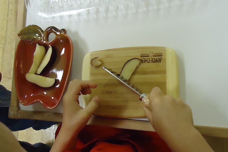 Chopping Apple Slices (Photo from To the Lesson!)
