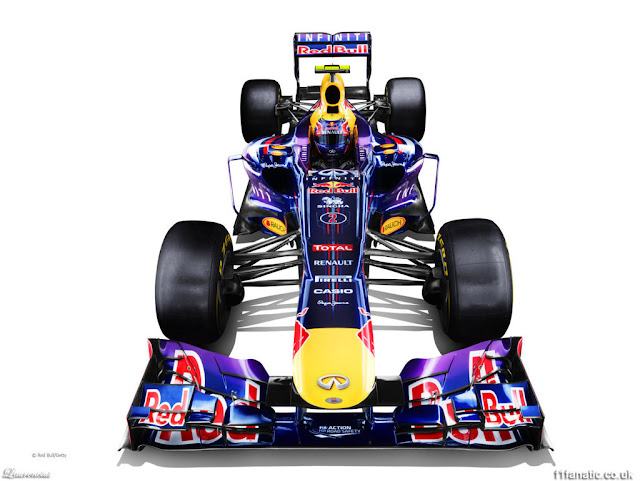 Foto-Mobil-Red-Bull-RB9-F1-2013_1