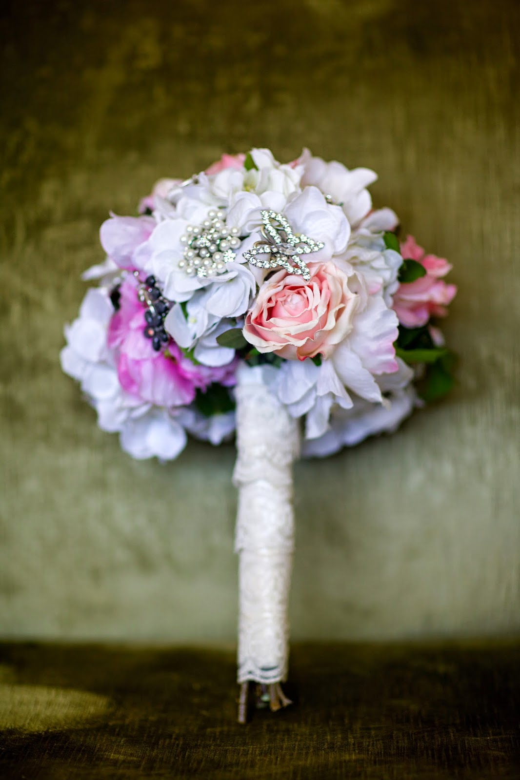 diy pink bridal bouquet