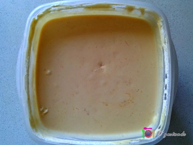 Añadimos la nata, aportando cremosidad a la mezcla