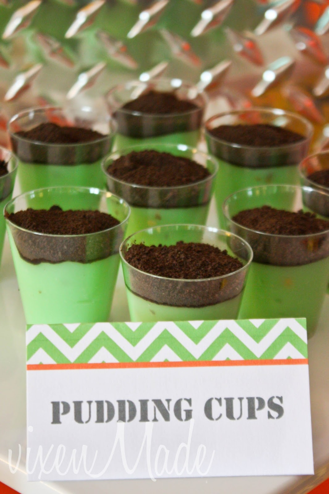 Dirt Cake With Pistachio Pudding