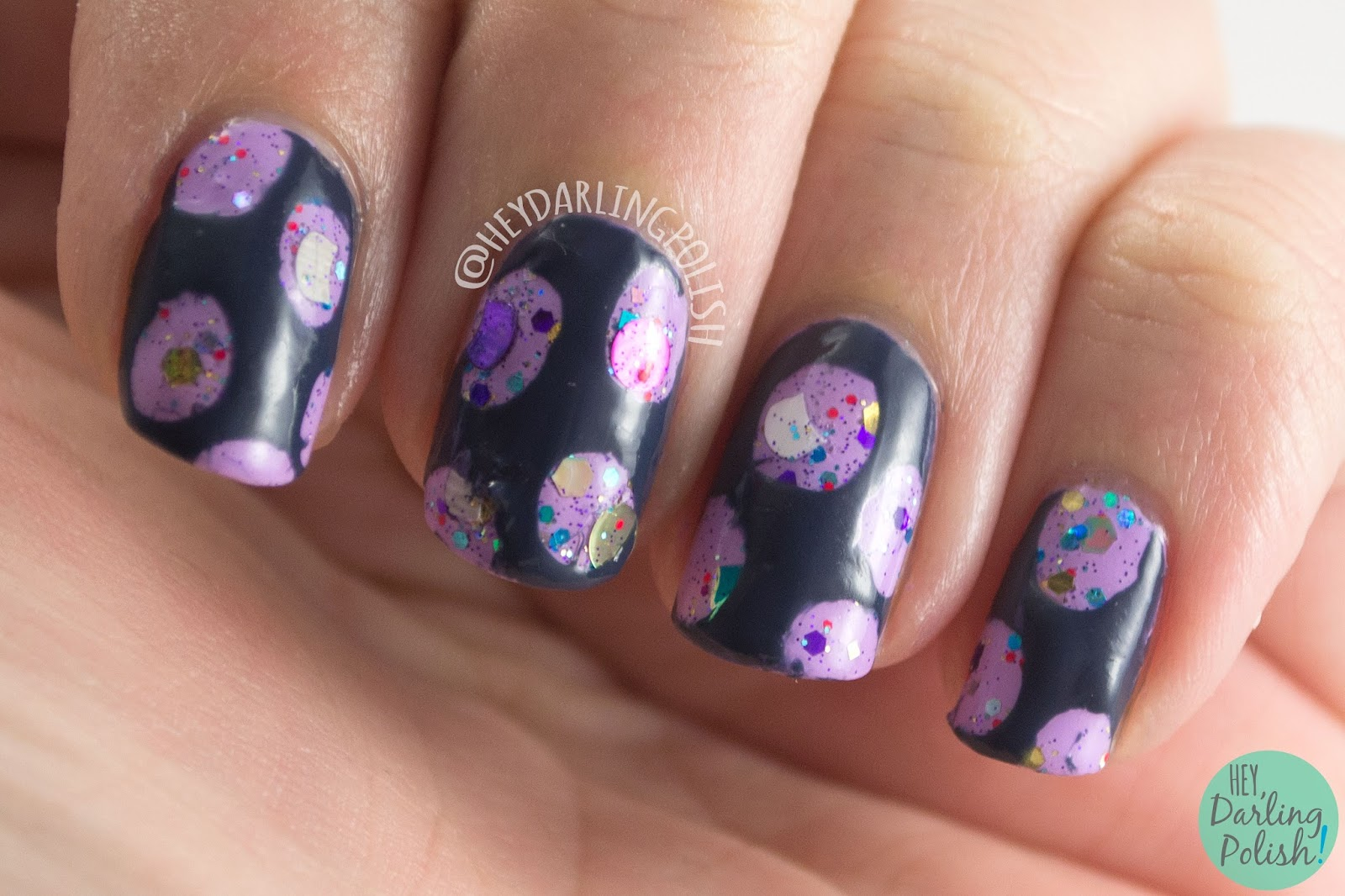 nails, nail art, nail polish, hey darling polish, ice polish, indie polish, polka dots, glitter, meow-do gras