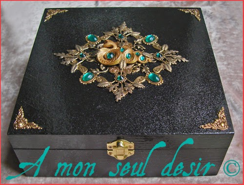 Boite Coffret Bijoux Serpent Or Mythologie Égypte Gold Snake Mythology Egypt Jewelry Box Uraeus