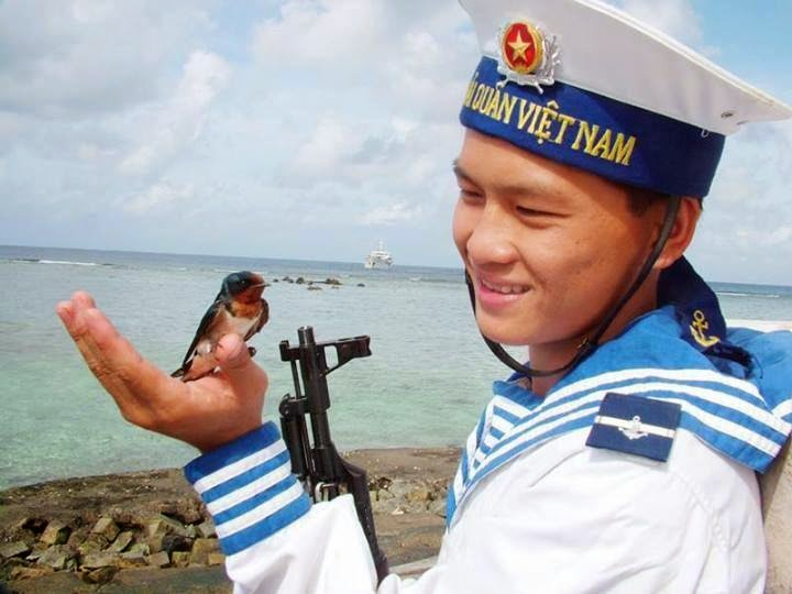 Paracel Island And Spratly Island Belong To Vietnam