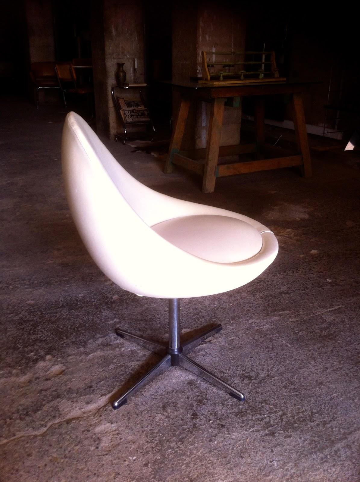 Encantsvintage silla estilo huevo egg chair for Silla huevo precio