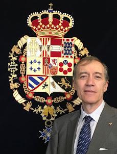 Respostero con las armas completas de Carlos III