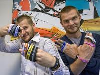 hermanos Josh y Troy Rodarmel, pulseras magnéticas, power balance