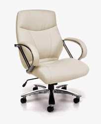 Avenger Series Cream Leather Big & Tall Chair