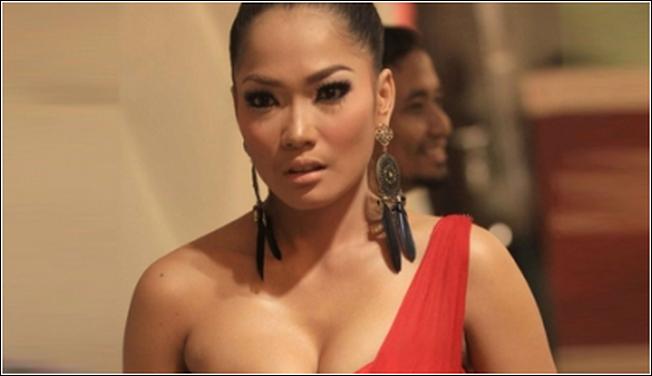 Seks Artis Di Sebuah Klub Malam di Pusat Jakarta