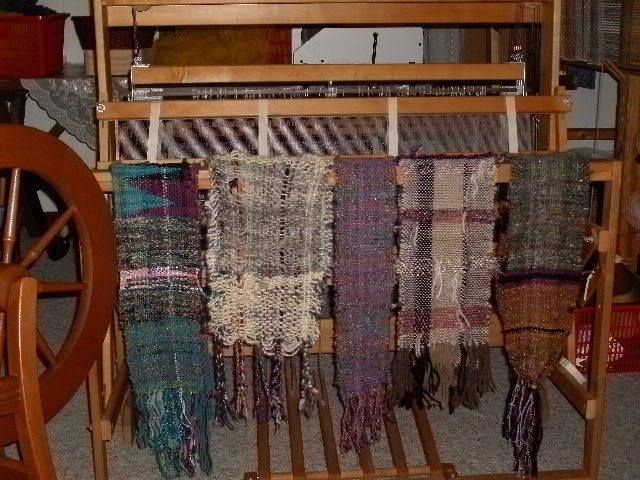 Glass Haus Green Bay : Fiberdance scarves and a new picker