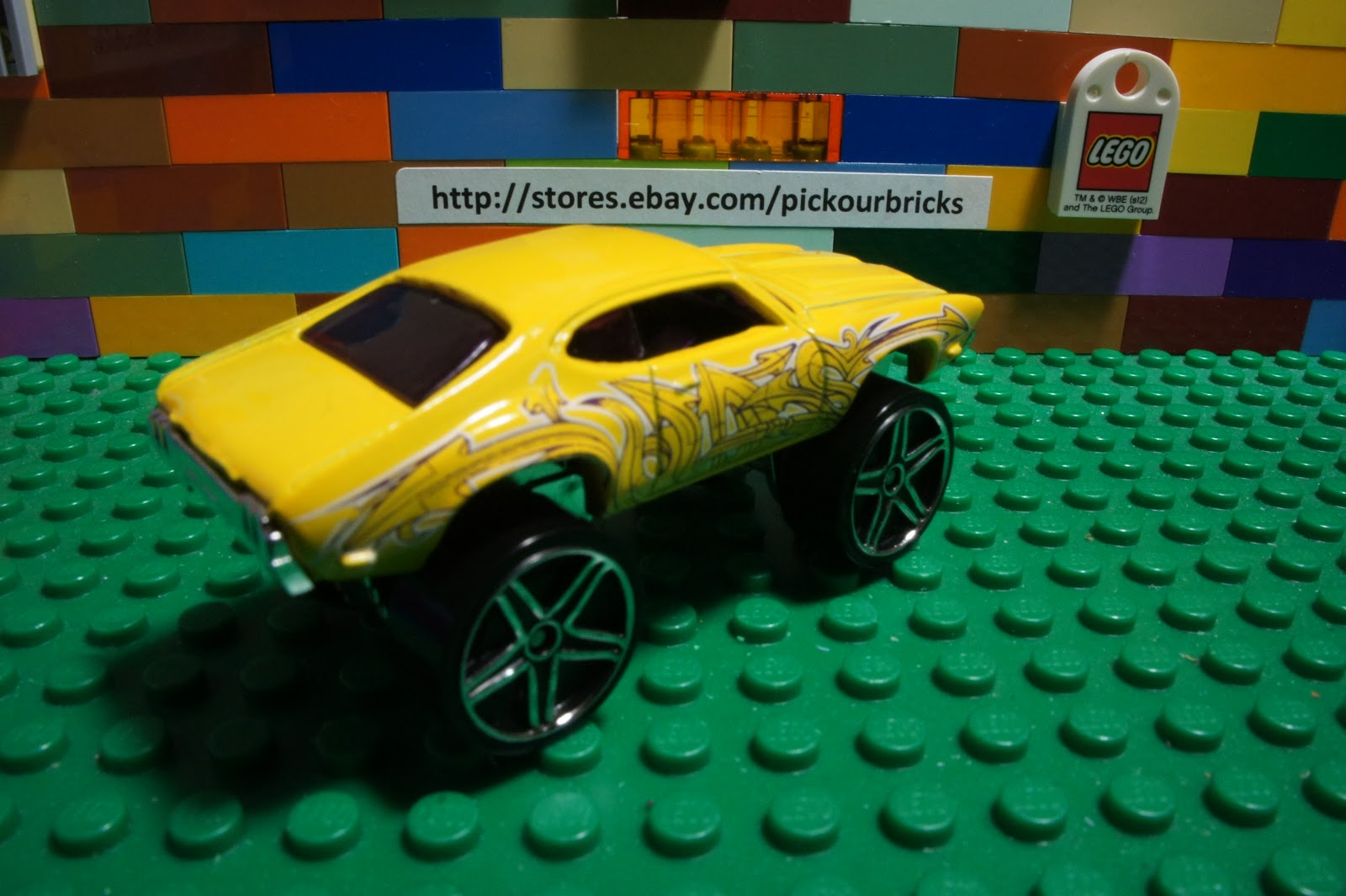 Details about Hot Wheels Yellow OLDS 442 W-30 Graffiti Riders diecast