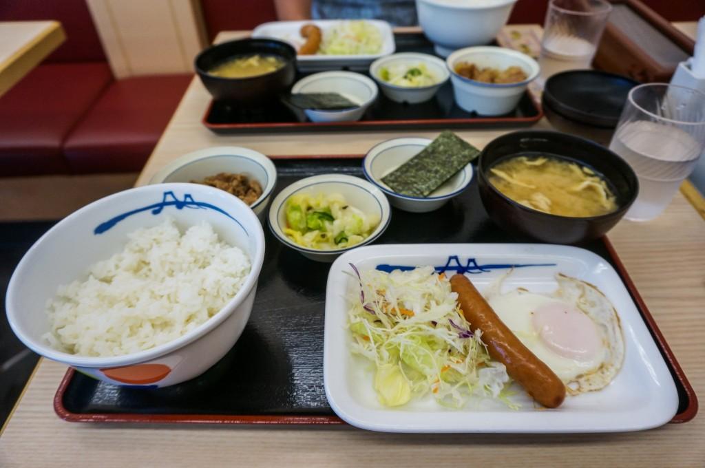 写真:日本の朝食