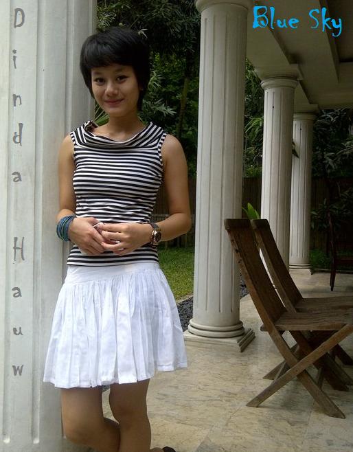 Biodata Dinda Hauw - Aktris Cantik Indonesia | Saraung Blue Sky