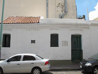 Edificios y monumentos de buenos aires casa de esteban de luca - La casa de luca ...