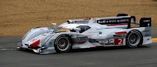 Audi R18 e-tron quattro n°2 Tag Heuer Tom Kristensen Allan McNish Loic Duval