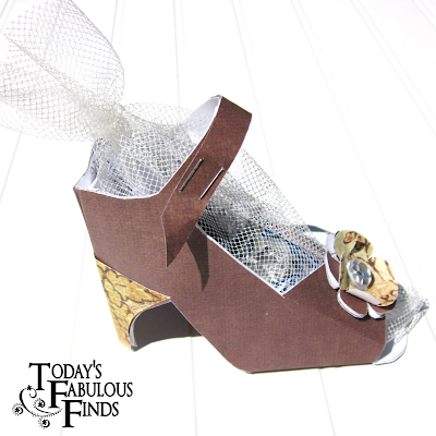 Today 39 s fabulous finds paper shoe favor and template for How to make paper shoes templates