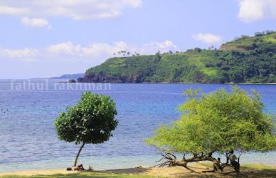 pantai nipah, ikan bakar, lombok