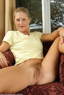 Hot Girl Naked - Mandi_man023SRS_115655065.jpg