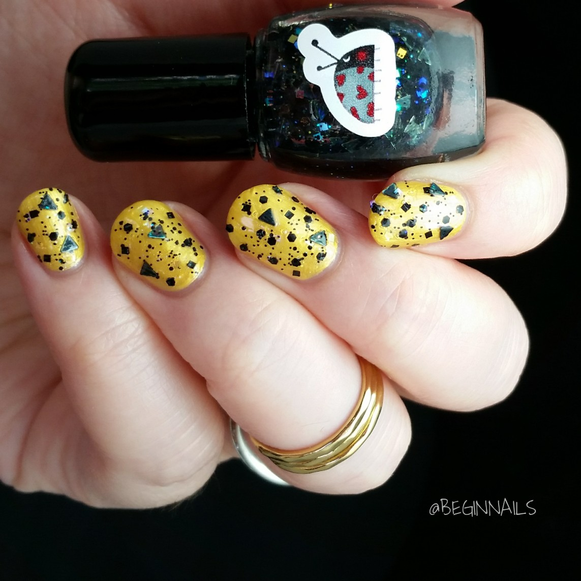 Let\'s Begin Nails: Ladybug Lacquer Halloween Polishes Swatch and Review