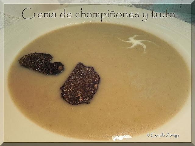 http://cocinandosetas.blogspot.com.es/2011/02/crema-de-champinones-y-trufa.html