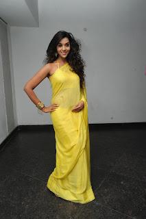 Potugadu heroine Anu priya Pictures 003.jpg