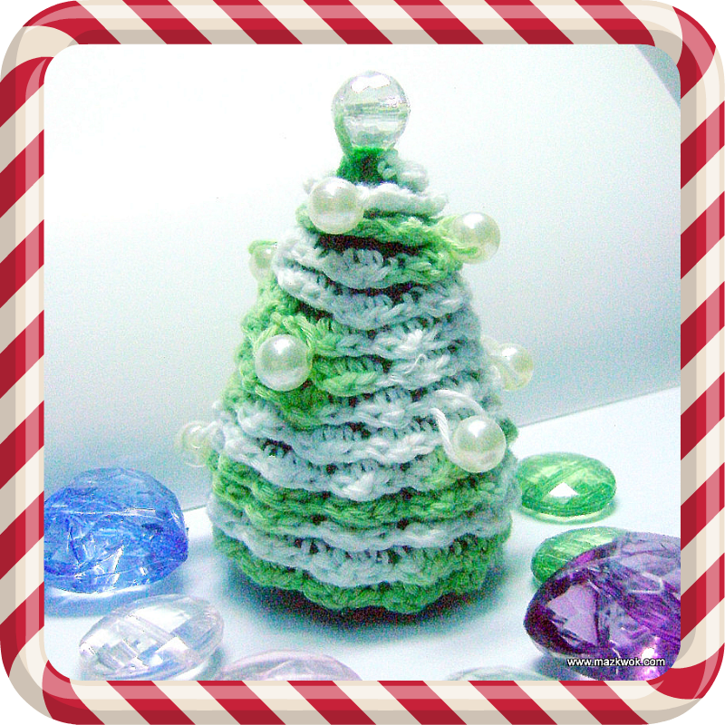 Free Crochet Pattern For Mini Christmas Tree : Christmas pearl tree