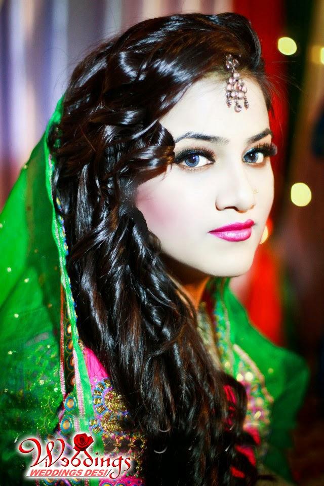 Wedding Desi Beautiful Bride Mehndi Shadi Photo Shoot Style