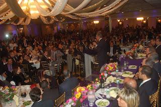 Danilo promete crear Instituto del Dominicano en el Exterior