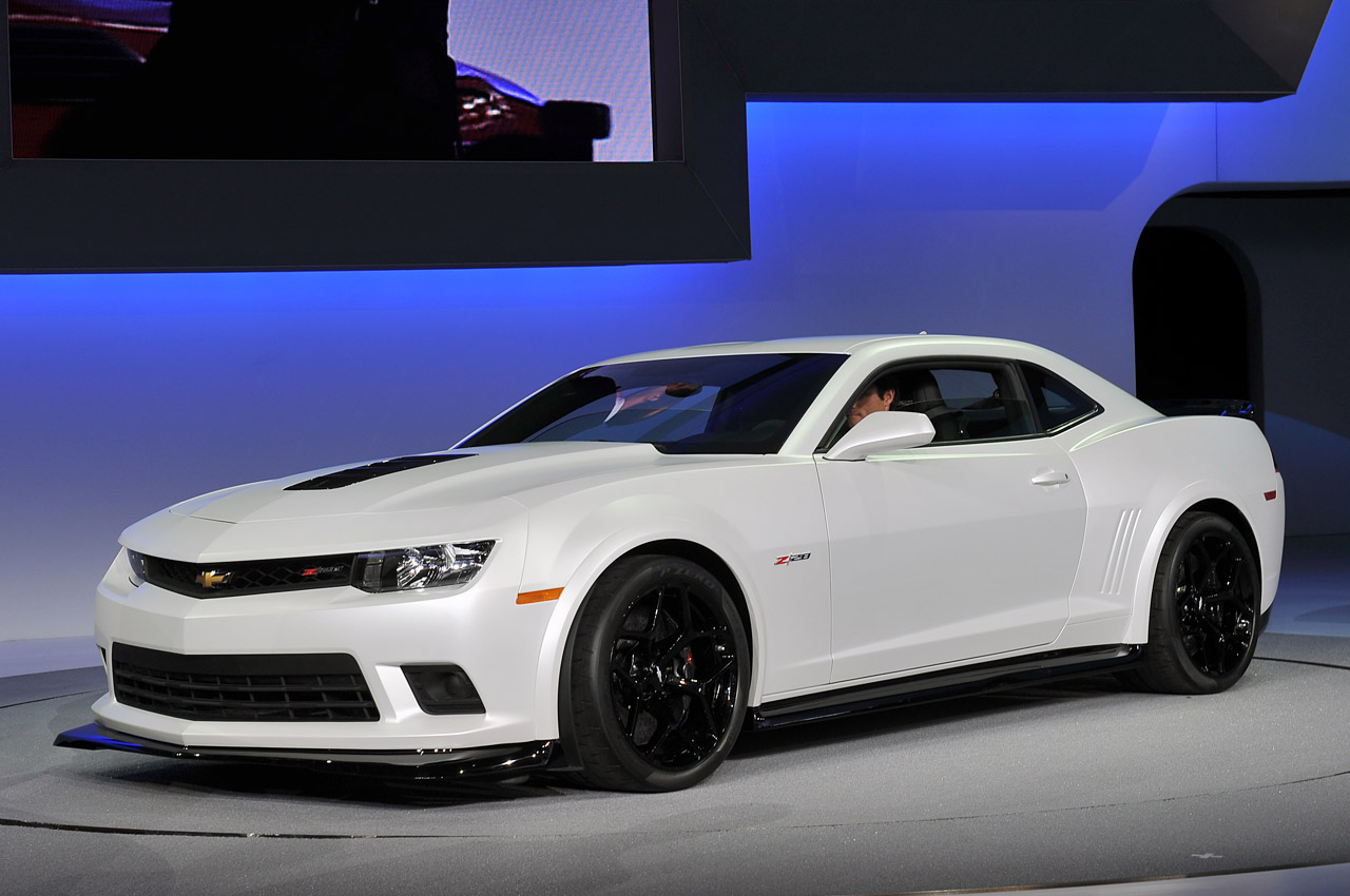 car i Chevrolet Camaro 2014