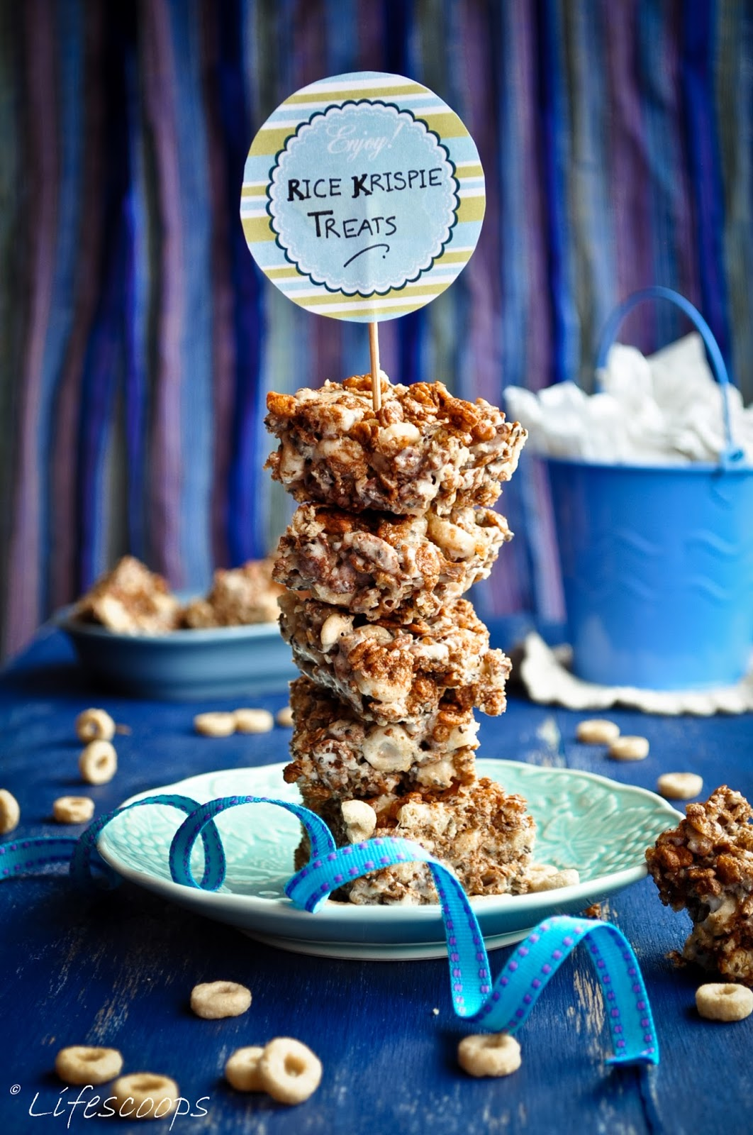 Life Scoops: Toasted Coconut N Chocolate Rice Krispie Treats