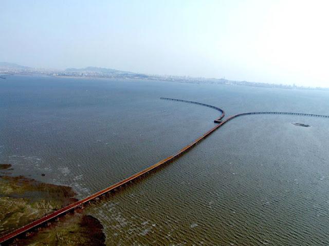 the world s longest over water bridge the length of the bridge overLongest Bridge In The World Over Water