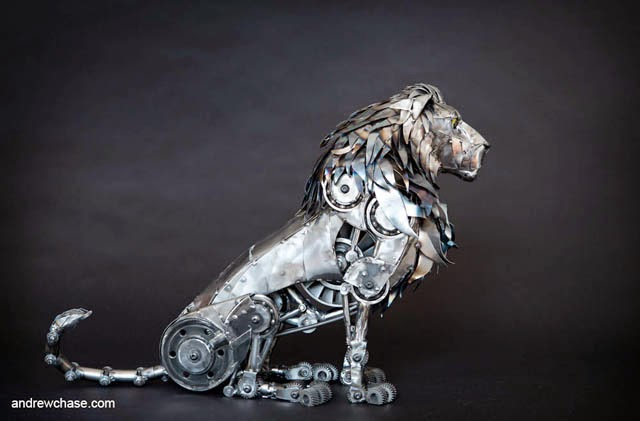 27-Lion-Andrew-Chase-Recycle-Fully-Articulated-Mechanical-Animal-www-designstack-co