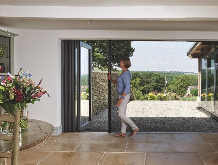 Centor Integrated Doors \u0027make the view even more spectacular\u0027 claims Sarah Beeny. & The Door Industry Journal: Centor Integrated Doors \u0027make the view ...