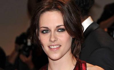 Kristen-Stewart-to-have-p*rn-star-makeover