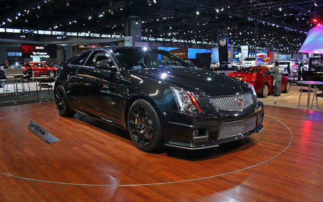 2011 cadillac CTS-V wagon black diamond edition front three quarter view