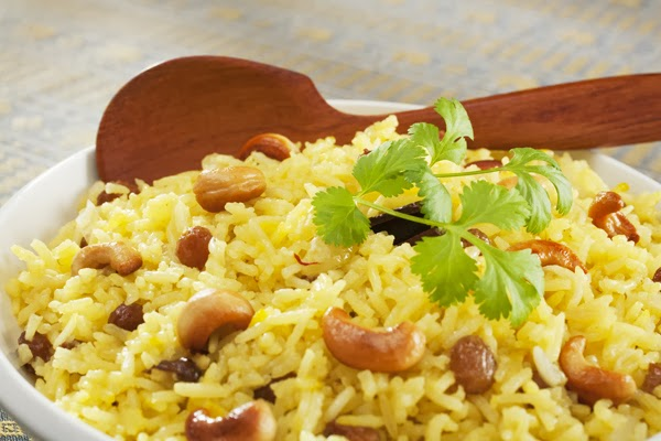 أرز بالكبد والقوانص والمكسرات