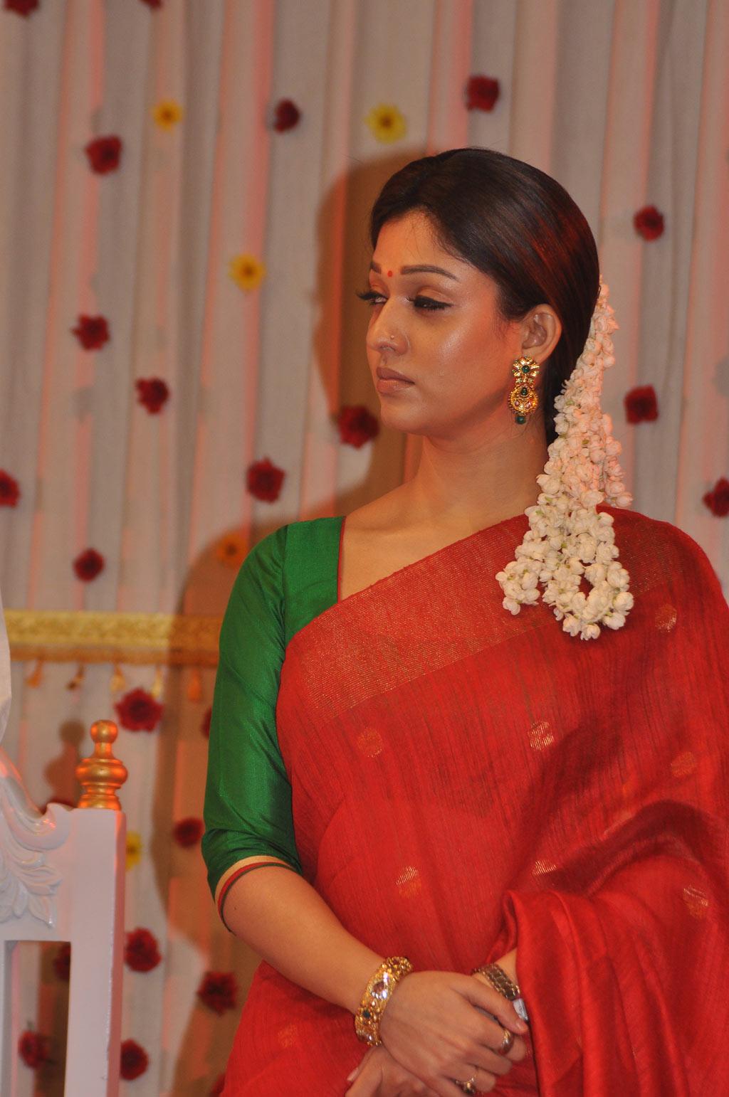 E movie songs kala kala song jiiva nayantara srikanth deva - 2 8